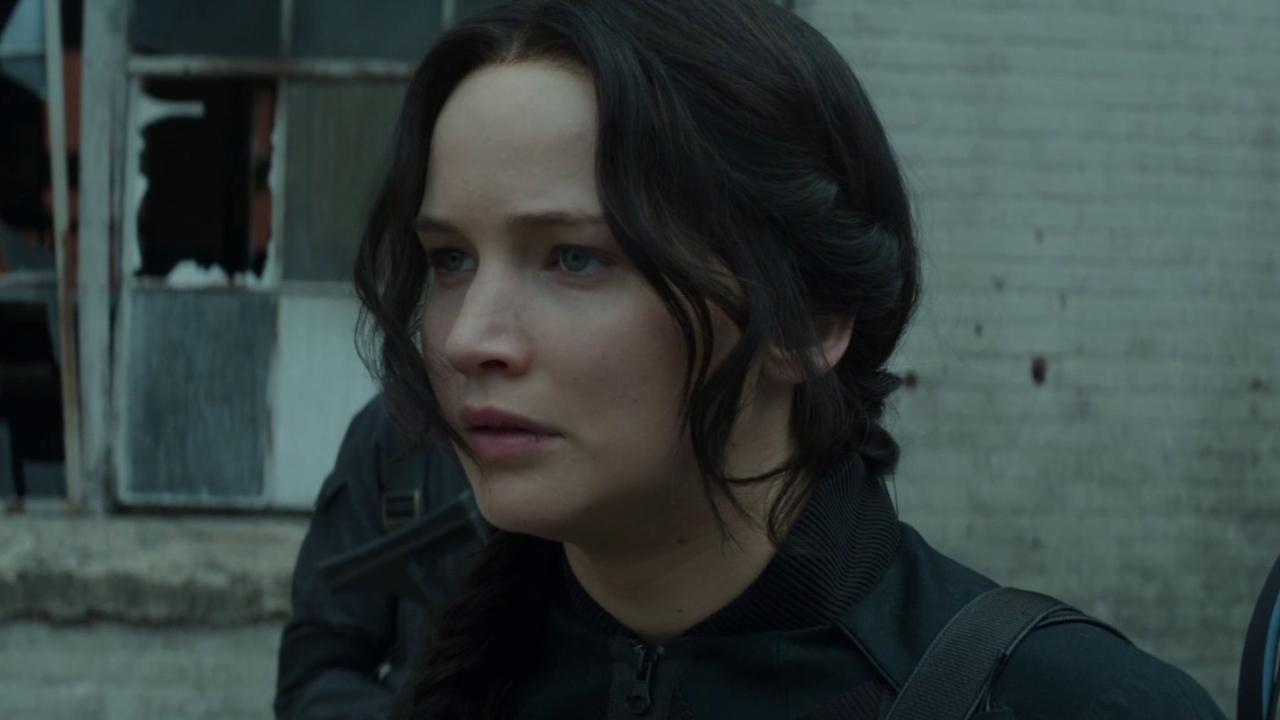 The Hunger Games: Mockingjay Part 1: Air Strike