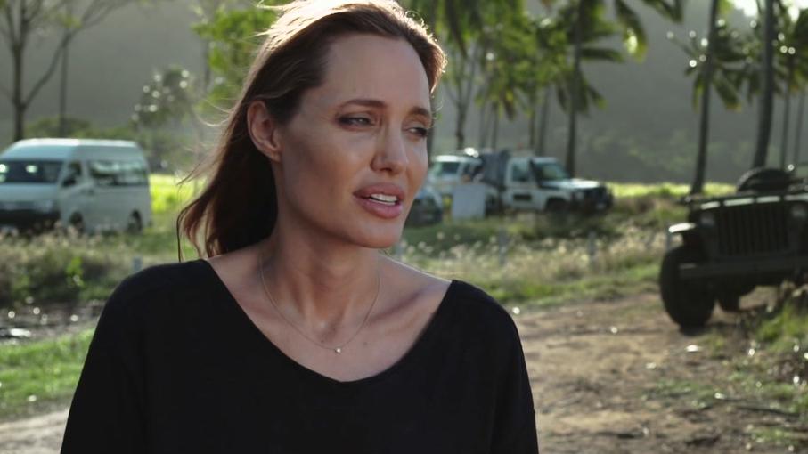 Unbroken: Angelina Jolie (Featurette)