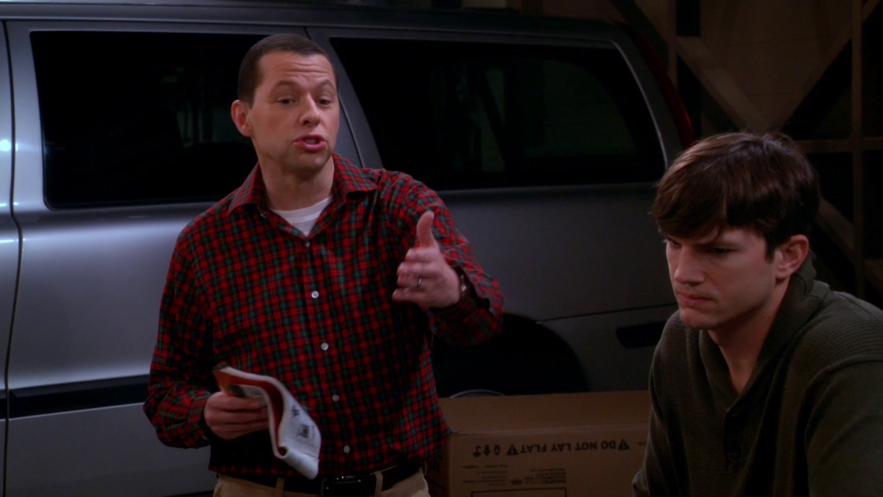 Two And A Half Men: Family, Buble, Deep-Fried Turkey