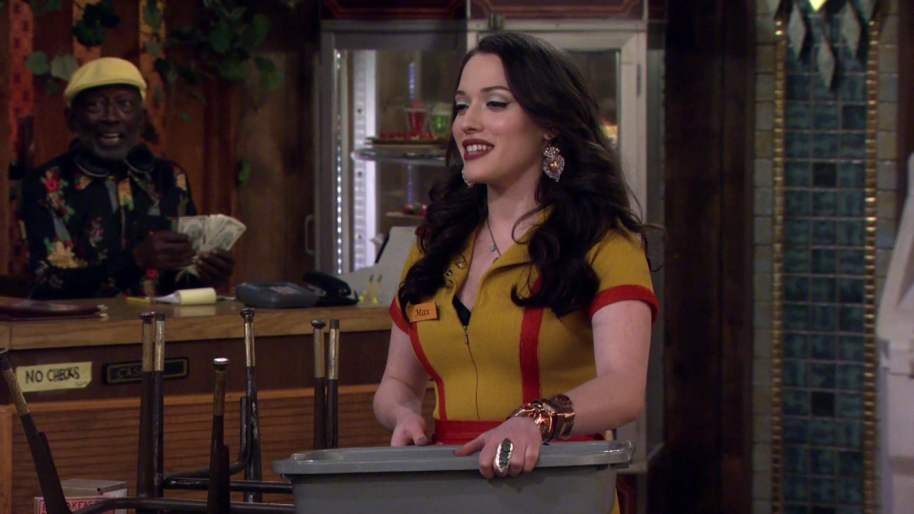 2 Broke Girls: And The Past And The Furious