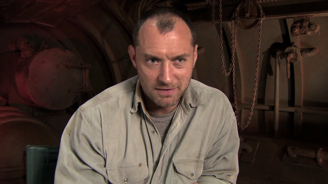 Black Sea: Behind The Scenes With Jude Law (Featurette)