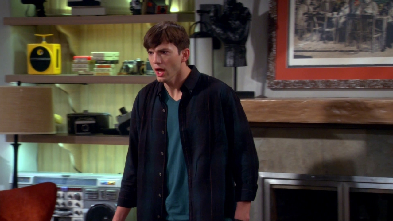 Two And A Half Men: Did You See Lindsay