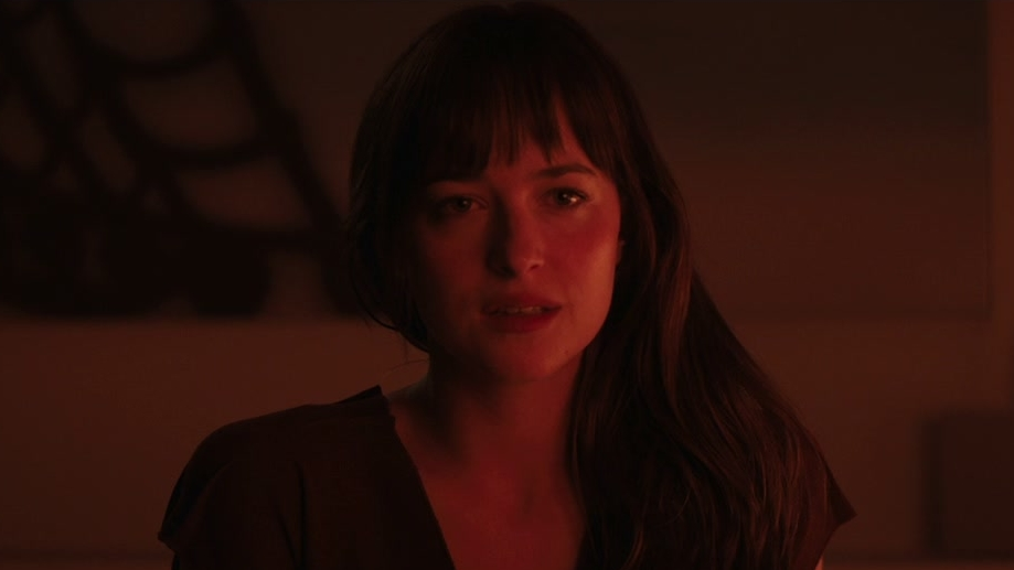 Fifty Shades Of Grey: Christian Grey And Anastasia Steele (Featurette)
