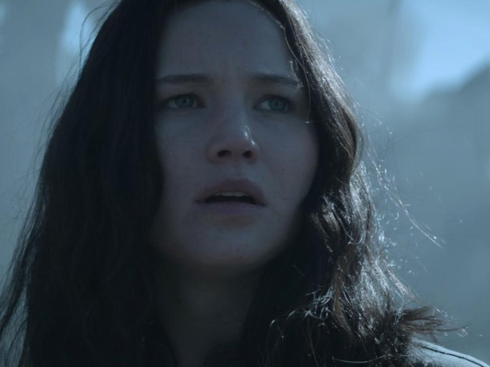 The Hunger Games: Mockingjay Part 1 (Trailer 3)