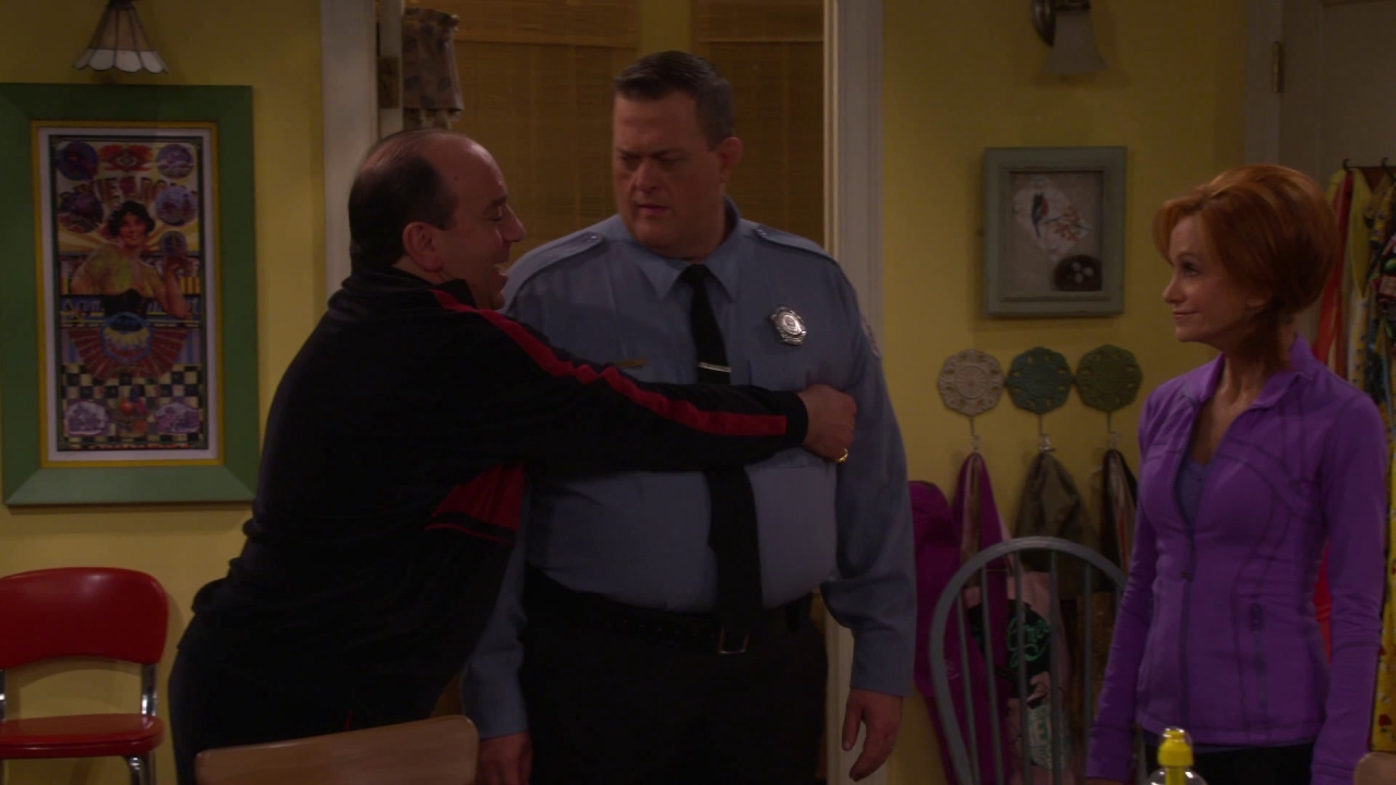 Mike & Molly: Pie Fight