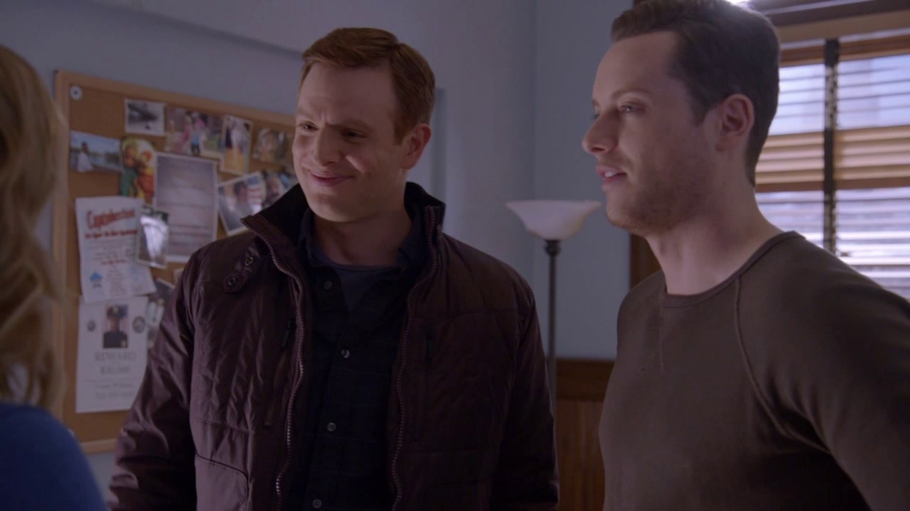 CHICAGO P.D.: How's New York?