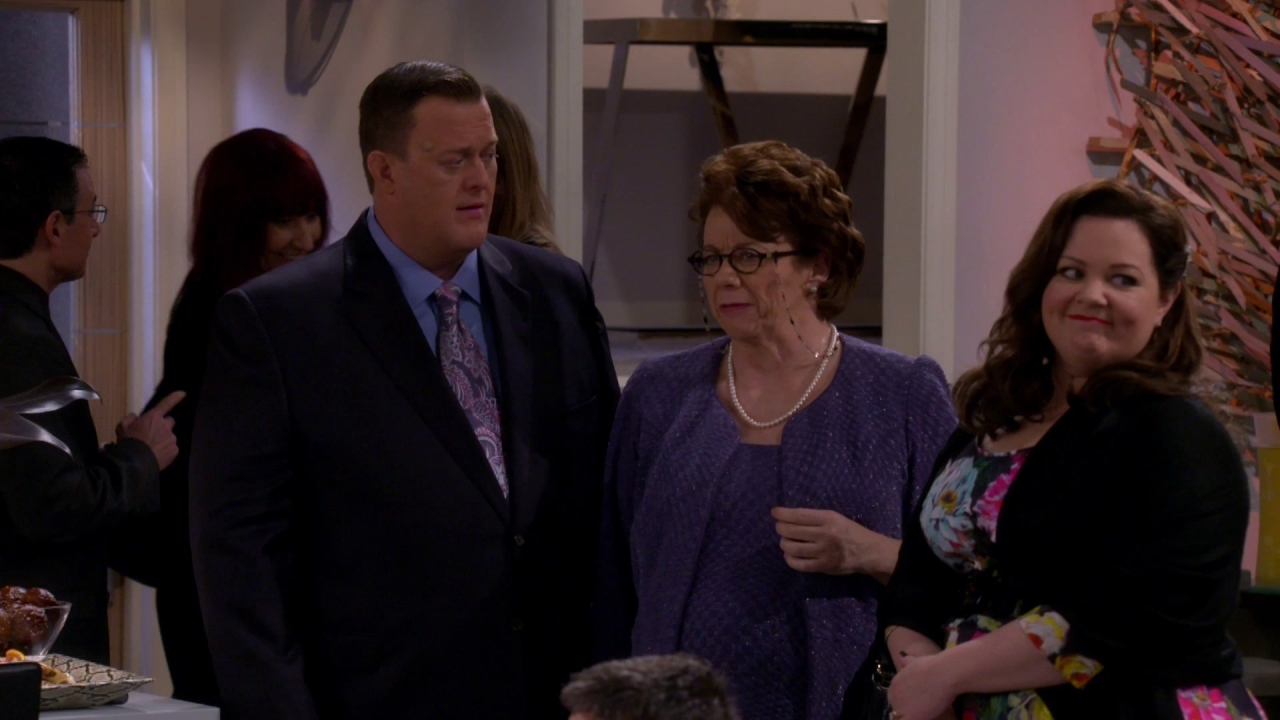 Mike & Molly: No Railing