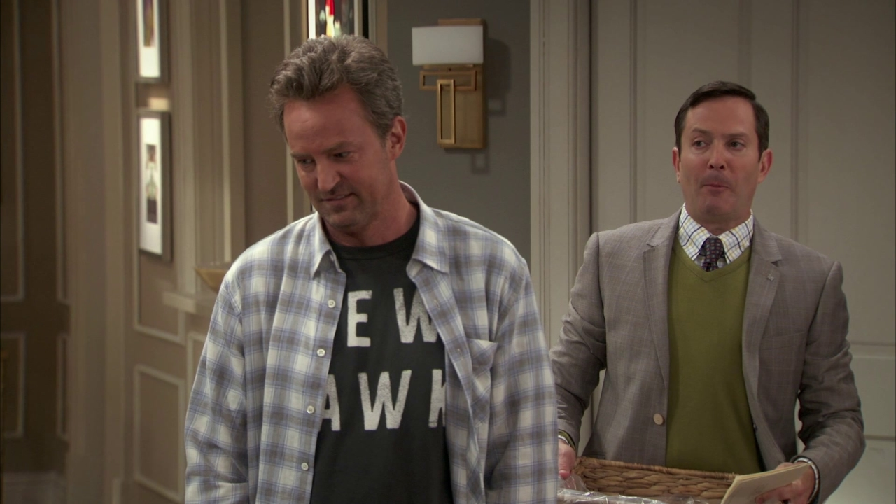 The Odd Couple: So I Get To Put On A Suit