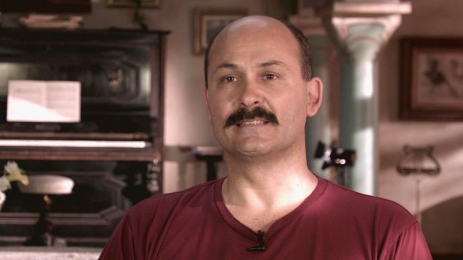 The Water Diviner: Steve Bastoni On His Past With Russell And Working With Him In This Film