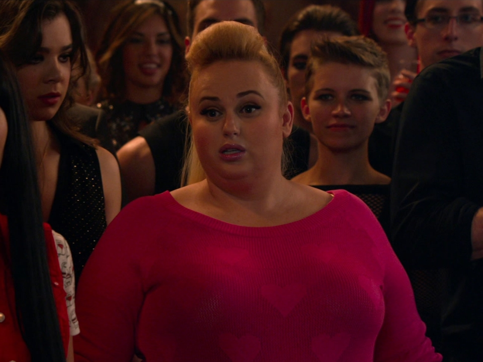 Pitch Perfect 2: On The Set Green Bay Packers (Featurette)