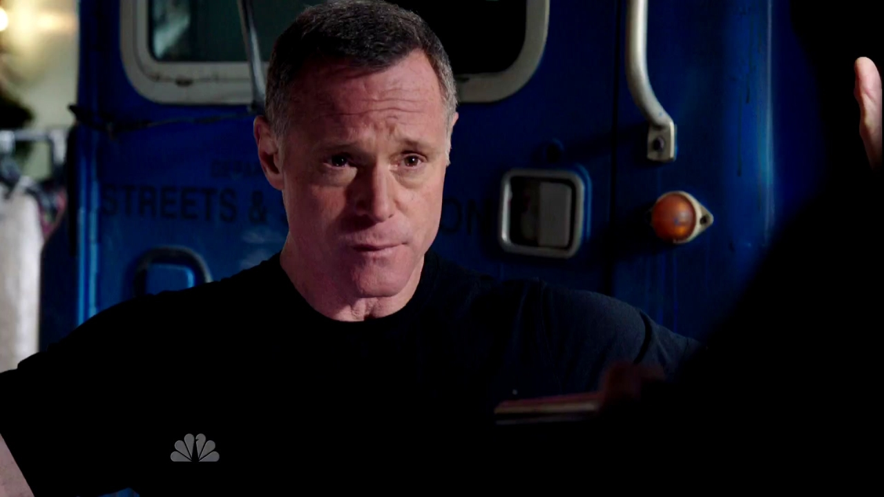 CHICAGO P.D.: Push The Pain Away