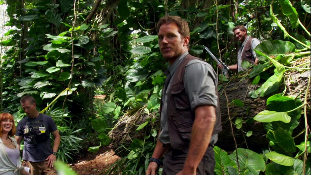 Jurassic World: Chris Pratt's Journals: Stunts 101
