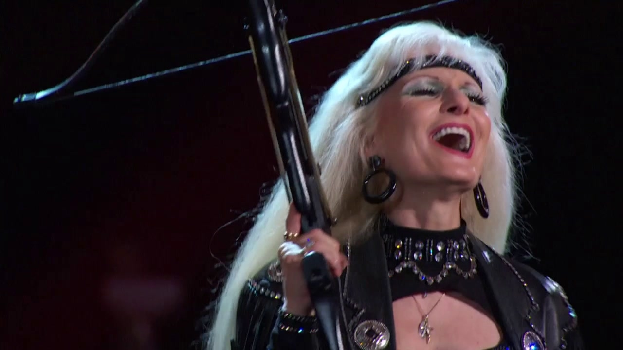 America's Got Talent: Crossbow