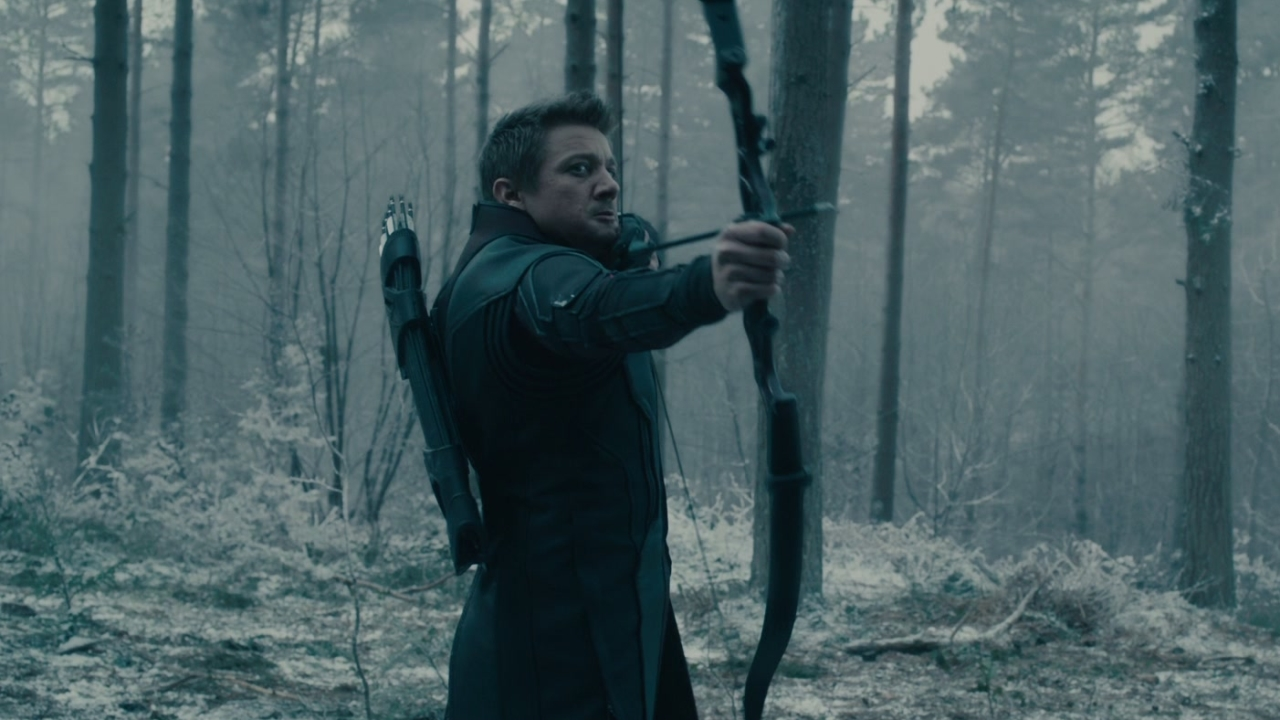 Avengers: Age Of Ultron: Hawkeye Doesn't See It Coming