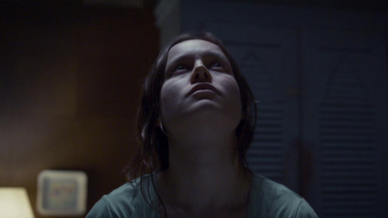 Room (Trailer 1)