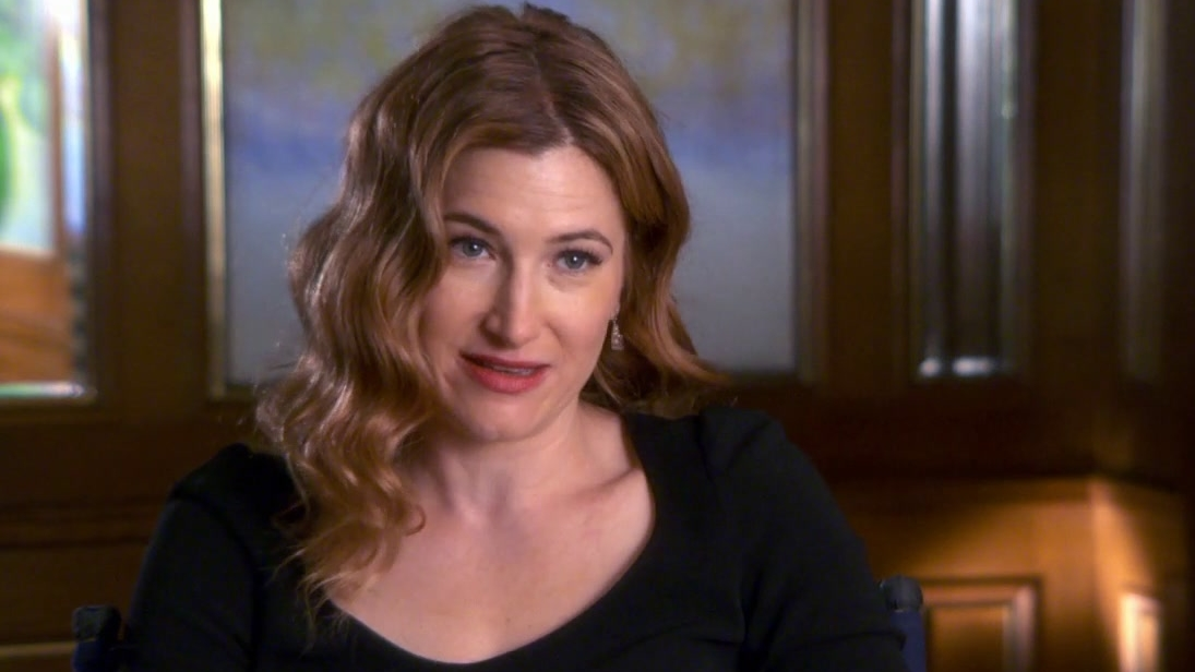She's Funny That Way: Kathryn Hahn On Working With Owen Wilson