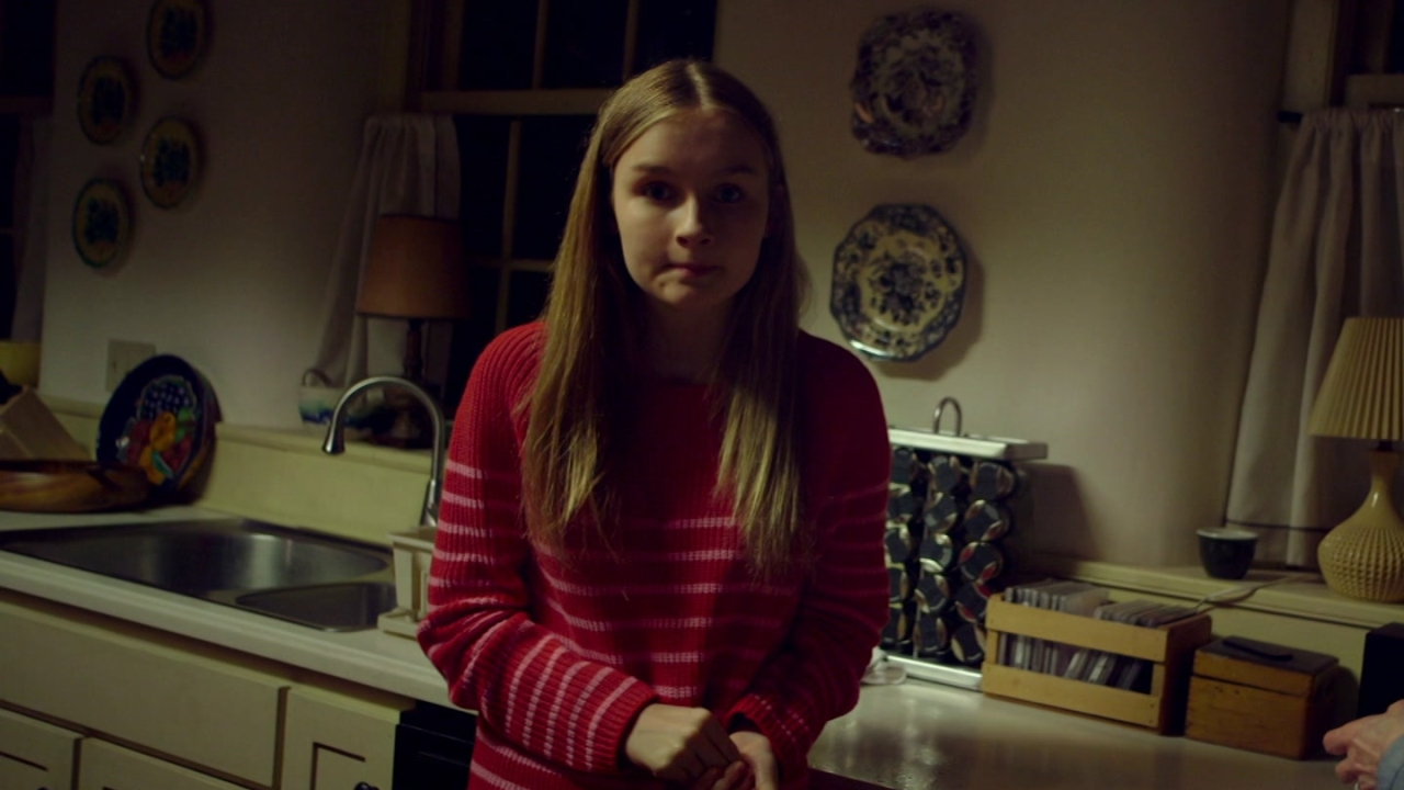 The Visit: Nana Asks Becca To Clean The Oven