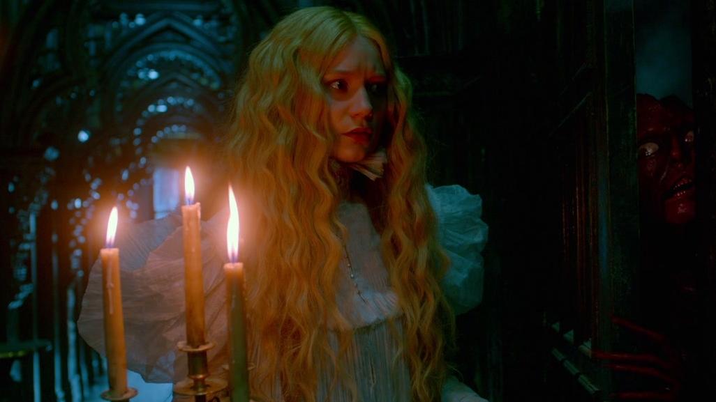 Crimson Peak: Edith Sees A Ghost In The Corridor