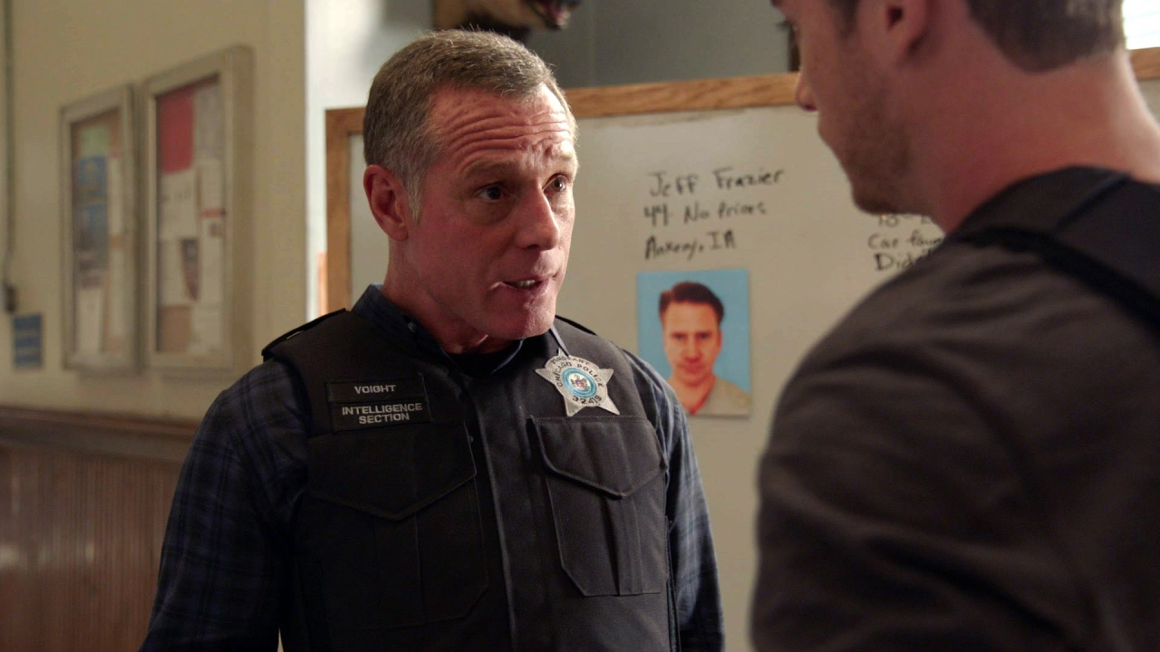 CHICAGO P.D.: Actual Physical Violence
