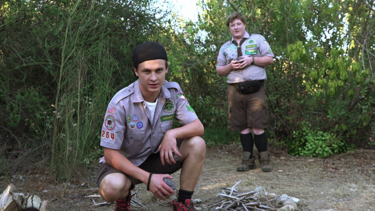 Scouts Guide To The Zombie Apocalypse: How To Build A Campfire