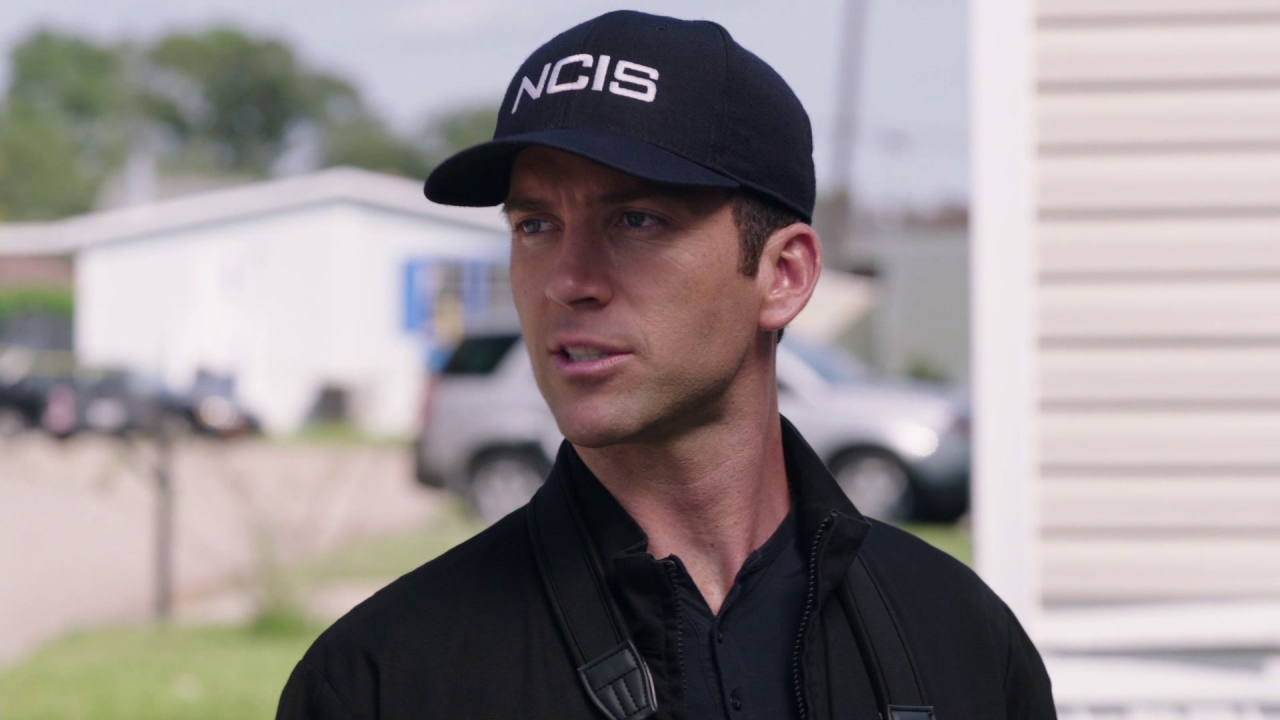 Ncis: New Orleans: Foreign Affairs