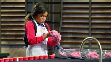 MasterChef Junior: Filling the Piping Bags