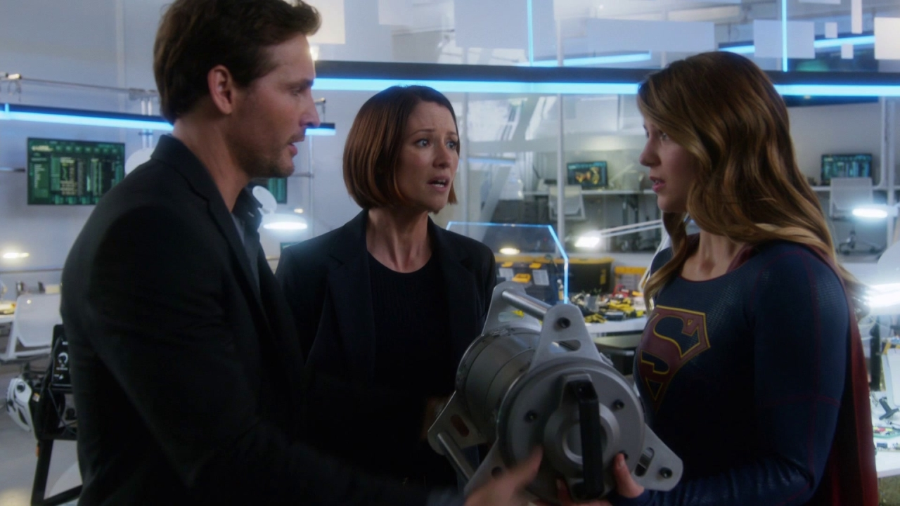 Supergirl: Throw The Bomb