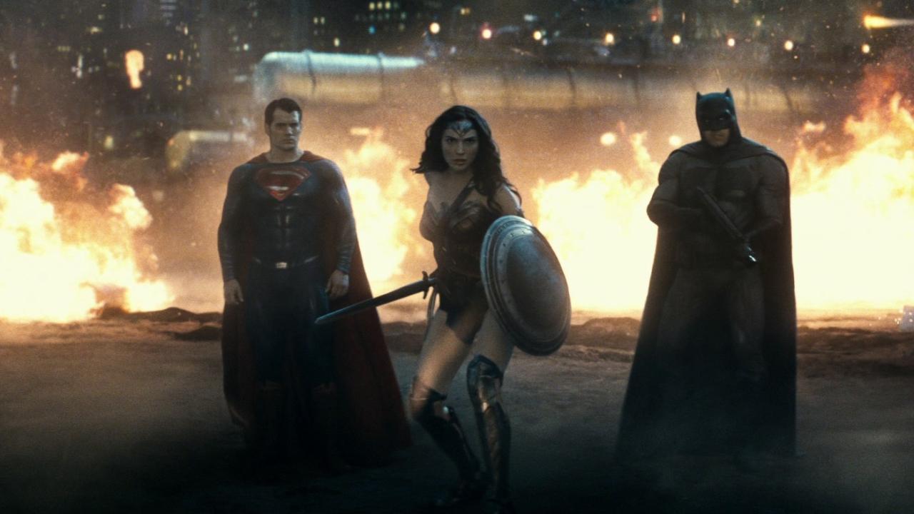Batman V Superman: Dawn Of Justice (Trailer 3)