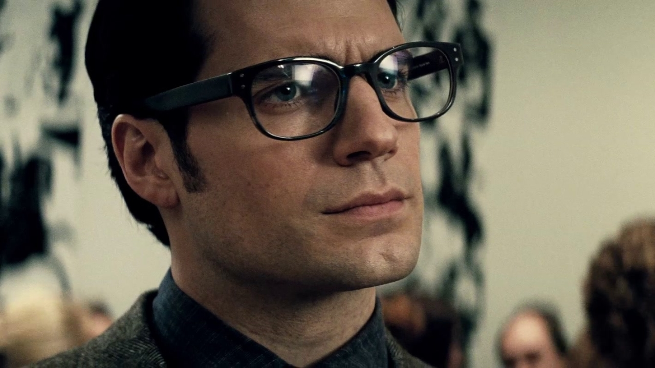 Batman v Superman: Dawn Of Justice (International Trailer 4)