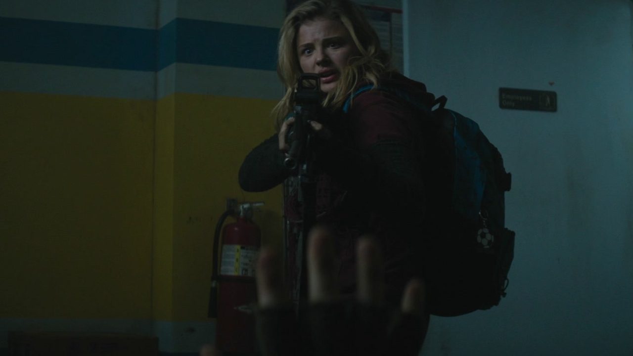 The 5th Wave: What's In Your Hand?