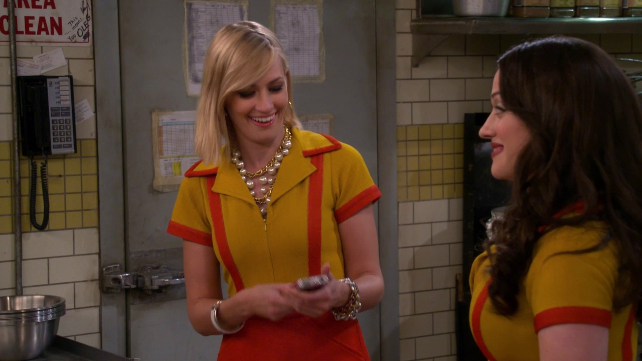 2 Broke Girls: And The Coming Out Party