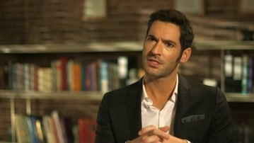 Lucifer: Tom Ellis On How Lucifer Takes Its Inspiration From A Comic Book