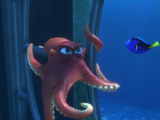 Finding Dory: Go Through The Pipes