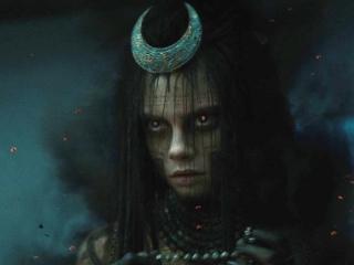 Suicide Squad: Meet Enchantress