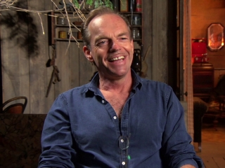 The Dressmaker: Hugo Weaving On His Character (US)
