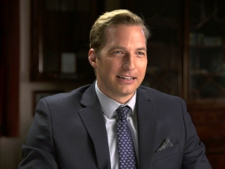 Bad Santa 2: Ryan Hansen On Conservative Parents