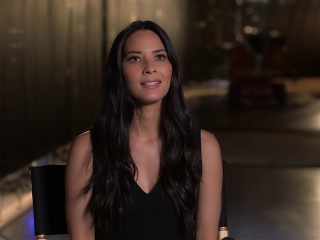 Office Christmas Party: Olivia Munn On What Audiences Can Expect