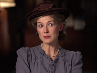 A United Kingdom: Rosamund Pike On Her Character's Experiences