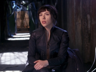 Ghost In The Shell: Scarlett Johansson about Director Rupert Sanders (International)