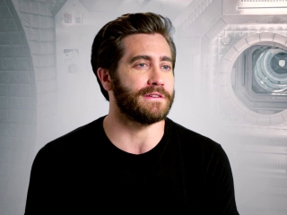 Life: Jake Gyllenhaal on the discovery on David Reynolds (International)
