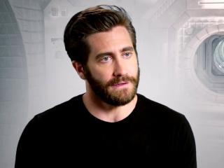 Life: Jake Gyllenhaal on how life impacts the individual crew members (International)