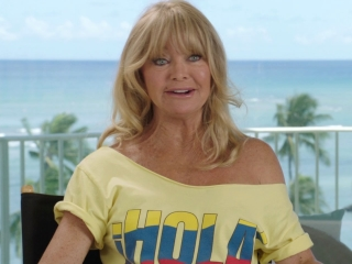 Snatched: Goldie Hawn on Ike Barinholtz playing Jeffrey (International)