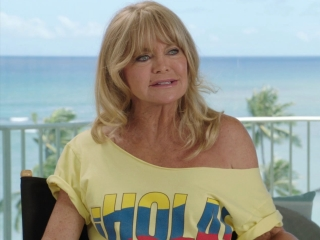 Snatched: Goldie Hawn on the action comedy in the movie (International)