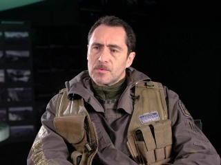 Alien: Covenant: Demian Bichir On Working With Ridley Scott