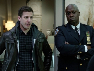 Brooklyn Nine-Nine: The Bank Job