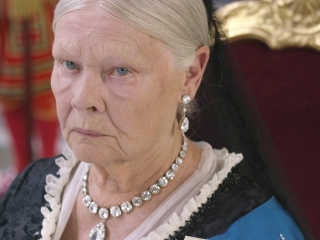 Victoria And Abdul (International Trailer 1)