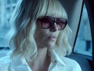 Atomic Blonde: Lorraine Arrives In Berlin (International)