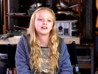 War For The Planet Of The Apes: Amiah Miller on Being Cast (International)