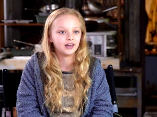 War For The Planet Of The Apes: Amiah Miller on the Sets (International)