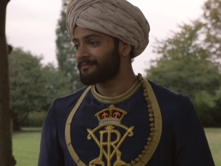 Victoria And Abdul: Walking Through The Garden